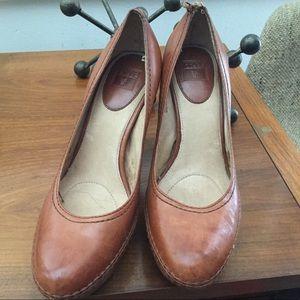 Frye Anna pump heels